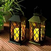 battery-flickering-garden-candle-lantern