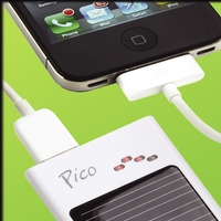 Solar-Charger-Iphone