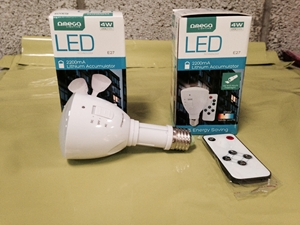 Omega-rechargeable-bulb-flashlight