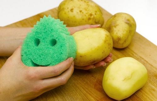 eggsterminator-potato-peeler