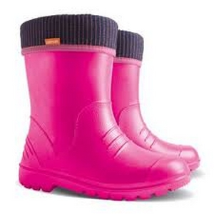pink-girls-wellies