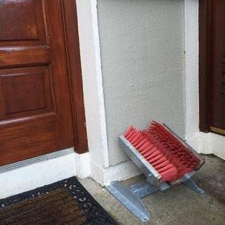mucky-boot-cleaner-jpg